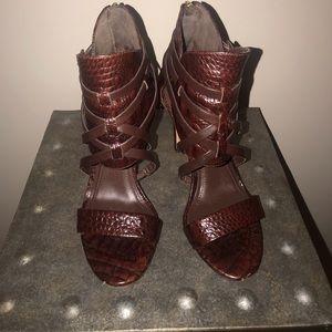 Vince Camuto bondage style stiletto sandal size 6
